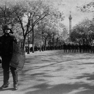 CRS à place de la Bastille à Paris